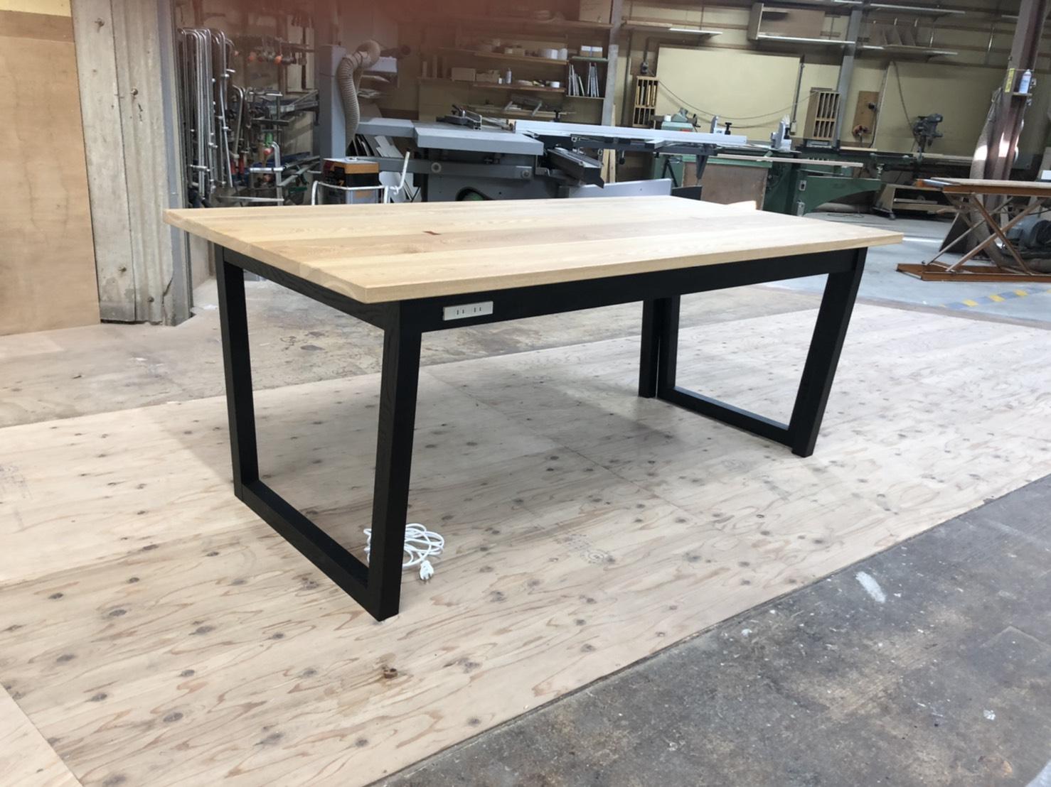 実績紹介 伸縮テーブル