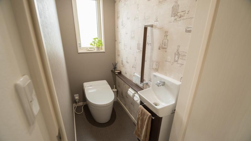 選び方は?トイレの壁紙クロス